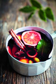 IMAGE CREDIT DAVID LOFTUS - Eat Beautiful MULLED WINE